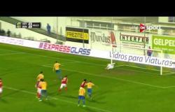 الهدف الأول لفريق استوريل فى مرمى فريق بنفيكا من ضربة جزاء فى الدقيقة 41 من عمر الشوط الأول