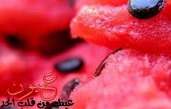 10 فوائد في تناول لب البطيخ المحمص «الخامسة مفاجأة»