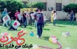 بالصور.. صاحب واقعة احتضان زميلته في جامعة طنطا يحتفل بخطبته