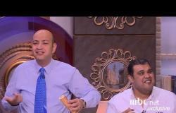 """مصدر السعادة عند أحمد فتحي وعمرو اديب مختلف ... معركة سندوتشات في #الحكاية بسبب """"أبو رامي"""""""