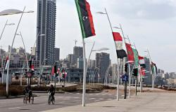 سياسي: عدم وجود حكومة وغياب سورية نكسة للقمة في بيروت