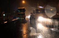 المرور: رفع حالة الطوارئ ومتابعة الطرق السريعة بسبب السيول