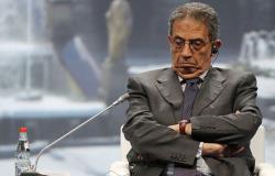"""عمرو موسى يدعو إلى حوار """"فسيح"""" بشأن التعديلات الدستورية"""