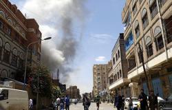 طيران التحالف يقصف معسكرا في صنعاء
