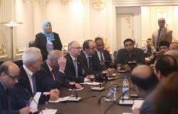 """""""طاقة البرلمان"""" توصى بإزالة القمامة خلف كلية الهندسة.. وممثل القاهرة: سيتم غدا"""