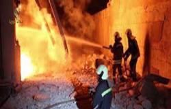 بالفيديو : غارة روسية تستهدف سجنا بإدلب.. وفرار عشرات المتطرفين