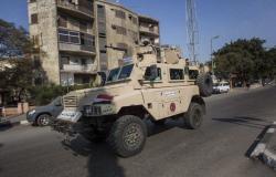 مصر... كشف ملابسات إطلاق النار عشوائيا على مواطنين بينهم زوجة المنفذ (فيديو)