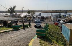 تظاهرات غاضبة ووقوع ضحايا بينهم 3 إعلاميين في الموصل بعد فاجعة العبارة (فيديو وصور)