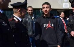 المصري رامي شحاتة ينقذ 51 طفلا من موت محقق في ميلانو.. بطل وشجاع