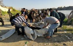 حصيلة رفع الجثث من تحت الماء في العراق