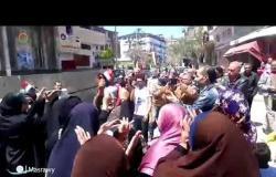 الاستفتاء|سيدات يرقصن على أنغام الطبل والمزمار احتفالًا بالاستفتاء في دمياط