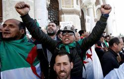 كاتب جزائري: توقيف الفاسدين يمكن أن يؤدي إلى امتصاص حماس الحراك الشعبي
