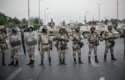 """""""نطير في الجو ونرمي القنابل""""... فيديو للصاعقة المصرية يشعل مواقع التواصل"""