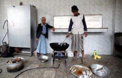 منظمة إنسانية: الاشتباه في إصابة أكثر من 100 ألف طفل يمني بالكوليرا