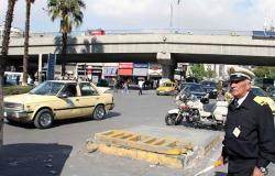 بالفيديو... الشرطة السورية تنظم كرنفال سيارا وسط العاصمة دمشق