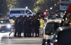 مسلح يحتجز عدة رهائن في جنوب فرنسا
