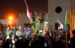 خبير سوداني: المجلس العسكري يتعرض لضغوط كبيرة من الداخل والخارج