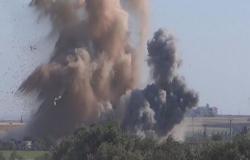 بالفيديو : 12 قتيلا مدنيا في قصف شمال غرب سوريا بينهم 6 في حلب