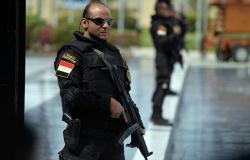 الشرطة المصرية: مقتل 12 إرهابيا خلال مداهمات أمنية
