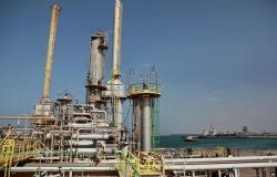 مؤسسة النفط الليبية تطالب قيادة الجيش بالإفراج عن رئيس اتحاد العام لعمال النفط