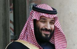 ولي العهد يلتقي مجموعة من المثقفين السعوديين