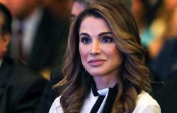 الملكة رانيا تشارك صورا من احتفالها مع زوجها العاهل الأردني وأبنائهما بعيد الاستقلال