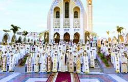 اليوم.. البابا يتمم رسامة 5 أساقفة جدد وانطلاق اجتماعات المجمع المقدس