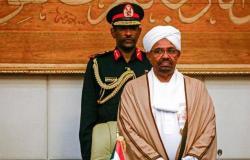 السودان || محاكمة البشير بتهمة «الثراء الحرام» .. المجلس العسكري : لا نرغب في السلطة