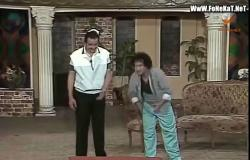 فيديو .. محمد نجم و مجدي وهبه خروج عن النص في «مسرحية الخوافين»