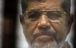 النيابة تُصرح بدفن جثة محمد مرسي