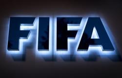 لحرمان قطر من استضافة كأس العالم 2022... صحيفة: فيفا يجري اجتماعات سرية
