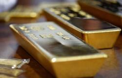 انخفاض أسعار الذهب عالمياً مع التفاؤل التجاري