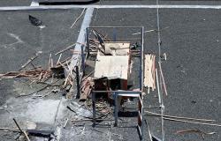 بالفيديو... آثار القصف الحوثي على مطار أبها السعودي