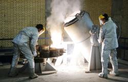 ليبراسيون: ردًا على العقوبات الأمريكية... طهران ستتجاوز الحد الأقصى لليورانيوم