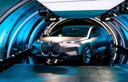 """""""بي.إم.دبليو"""" و""""دايملر"""" يتعاونان لتطوير السيارات ذاتية القيادة"""