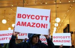 أمازون تعاني من إضراب عمال مستودعاتها في جميع أنحاء العالم