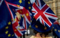 دراسة:بريطانيا تواجه أكبر خطر لحدوث ركود اقتصادي منذ الأزمة المالية