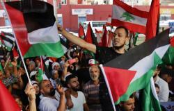 """انتفاضة فلسطينية بسبب قرار وزاري والليرة اللبنانية """"ضحية"""""""