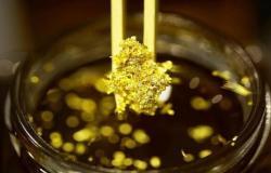 محدث..سعر التسليم الفوري للذهب يقفز 20دولاراً مع توقعات خفض الفائدة