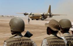 """حقيقة استهداف مواقع عسكرية """"مهمة"""" بقاعدة الملك خالد الجوية في السعودية"""