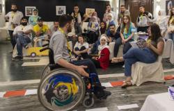 """""""عشرة"""" تجربة حياتية لدمج ذوي الإعاقة داخل المجتمع السوري"""