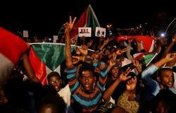 بعد الاتفاق... العسكري السوداني يرحب بترشيح حمدوك لرئاسة الوزراء