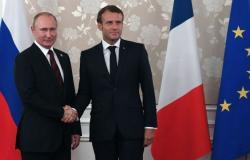 ماكرون: سنناقش الملف السوري مع الرئيس بوتين وباريس تشعر بالقلق بشأن إدلب