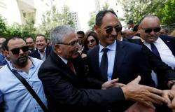 وزير الدفاع التونسي المستقيل يحسم الجدل حول تصريحات بشأن قطر