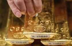 هبوط أسعار الذهب قبيل إعلان محضر الفيدرالي