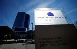 المركزي الأوروبي يدرس تنفيذ حزمة تحفيزية لإنقاذ الاقتصاد