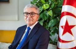 وزير الدفاع التونسي السابق يكشف تفاصيل محاولة الانقلاب على السبسي