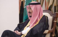 الملك سلمان يستقبل سفير مصر في السعودية