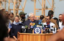 """غريفيث يعرب عن قلقه حيال غارات """"أنصار الله"""" على منشآت النفط السعودية"""