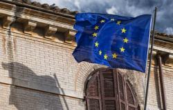 الاتحاد الأوروبي يطالب الجميع بضبط النفس بعد هجوم منشآت النفط السعودية